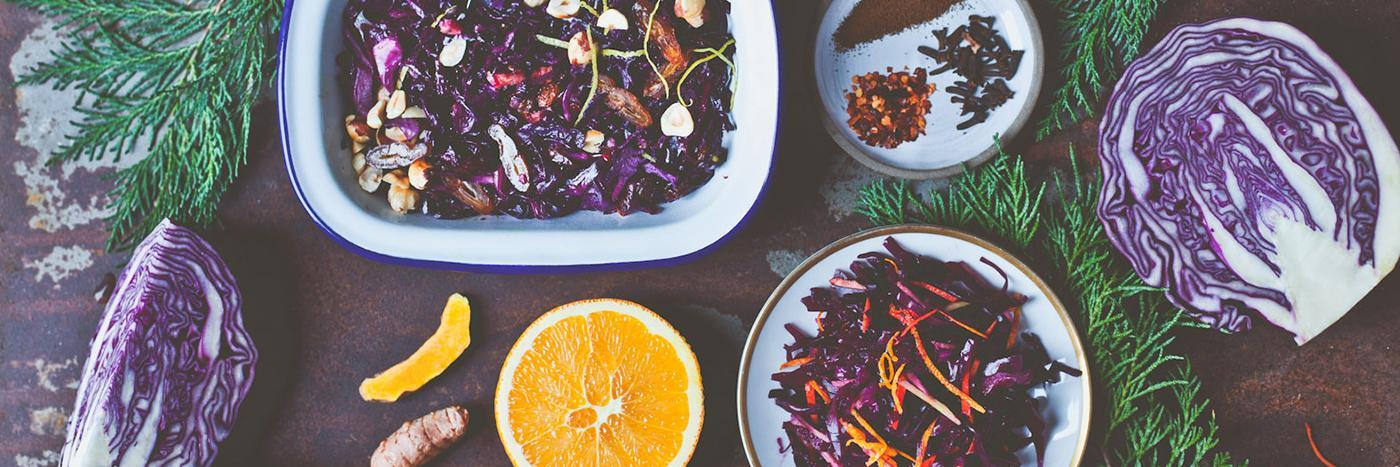 Quick-roasted seasonal red cabbage