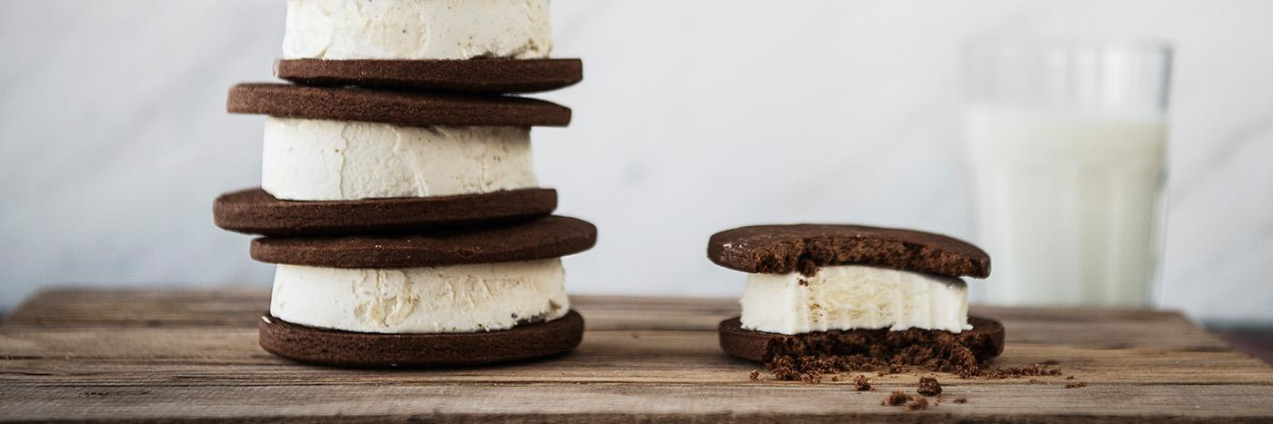 Ice cream sandwich tower